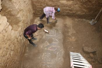 2 bin yıllık Antiochia ad Cragum kenti kazılarında yeni mozaik alanlar bulundu