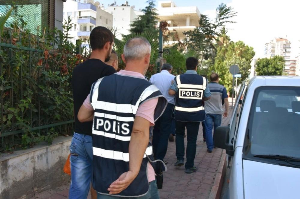 Antalya'da asayiş suçlarından aranan 91 kişi yakalandı