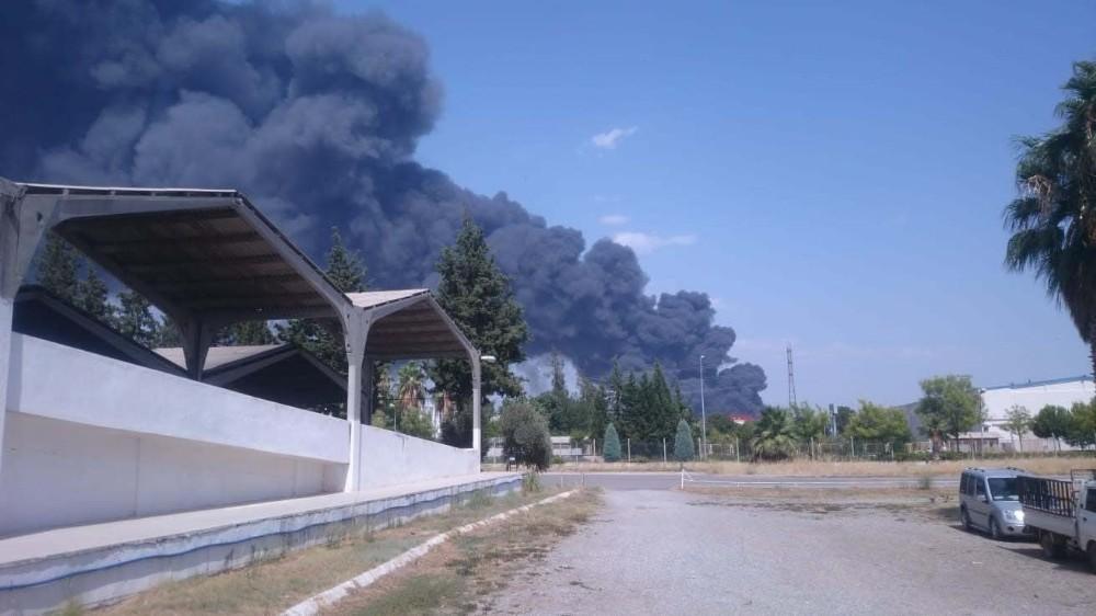 Antalya'da fabrika yangını
