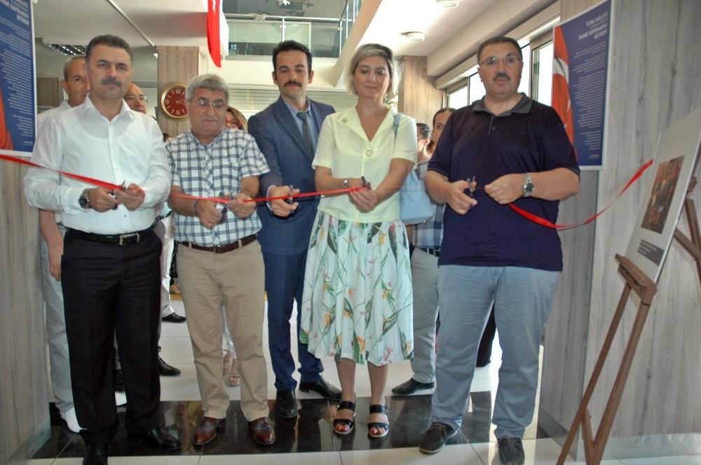 Antalya'da İHA'nın 15 Temmuz fotoğraf sergisi