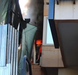Antalya'da iş hanında yangın paniği