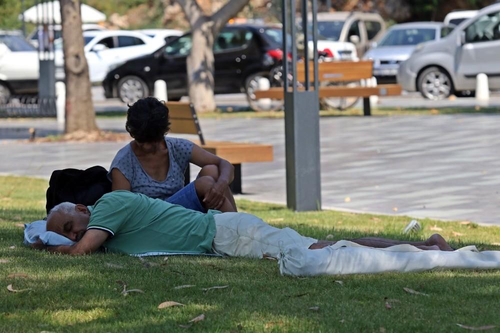 Antalya'da kronik rahatsızlıkları bulunanlara 'aşırı sıcak' uyarısı