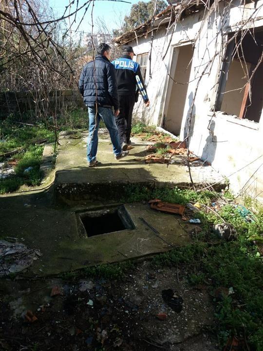 Antalya'da metruk binalar yıkıldı