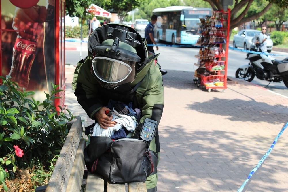 Antalya'da şüpheli çanta alarmı
