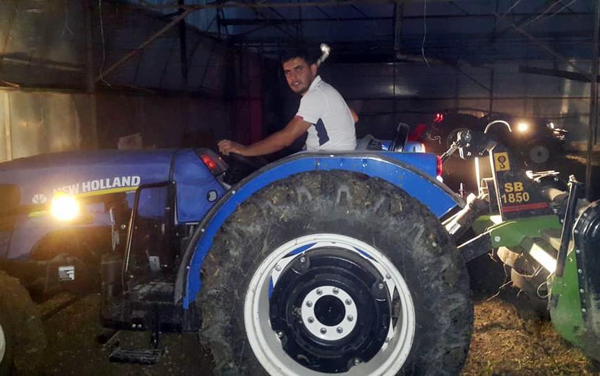 Antalya'da traktör su kanalına devrildi: 1 ölü