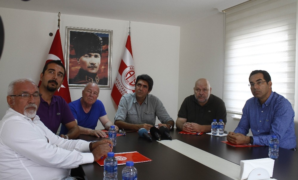 Antalyaspor arazisine alıcı çıkmadı