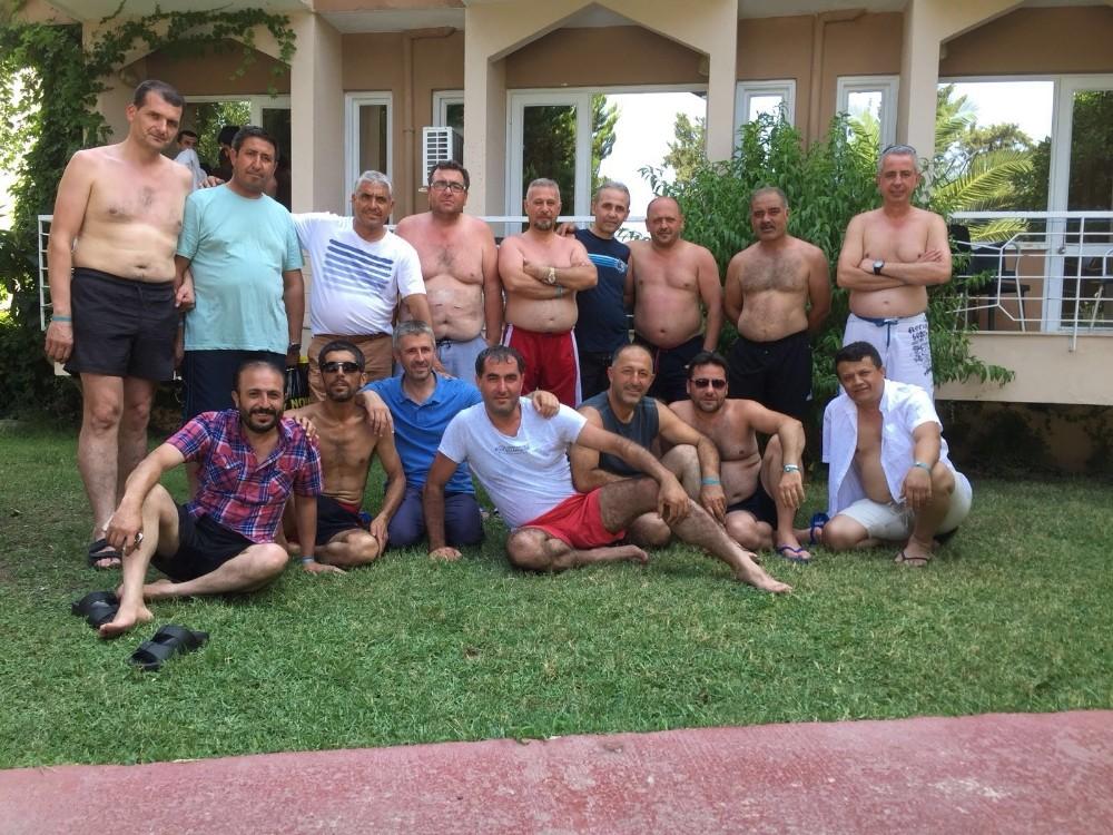 Asker arkadaşları 26 yıl sonra Antalya'da buluştu