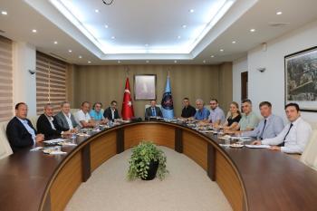 AÜ'de Turizm Sektörü Toplantısı