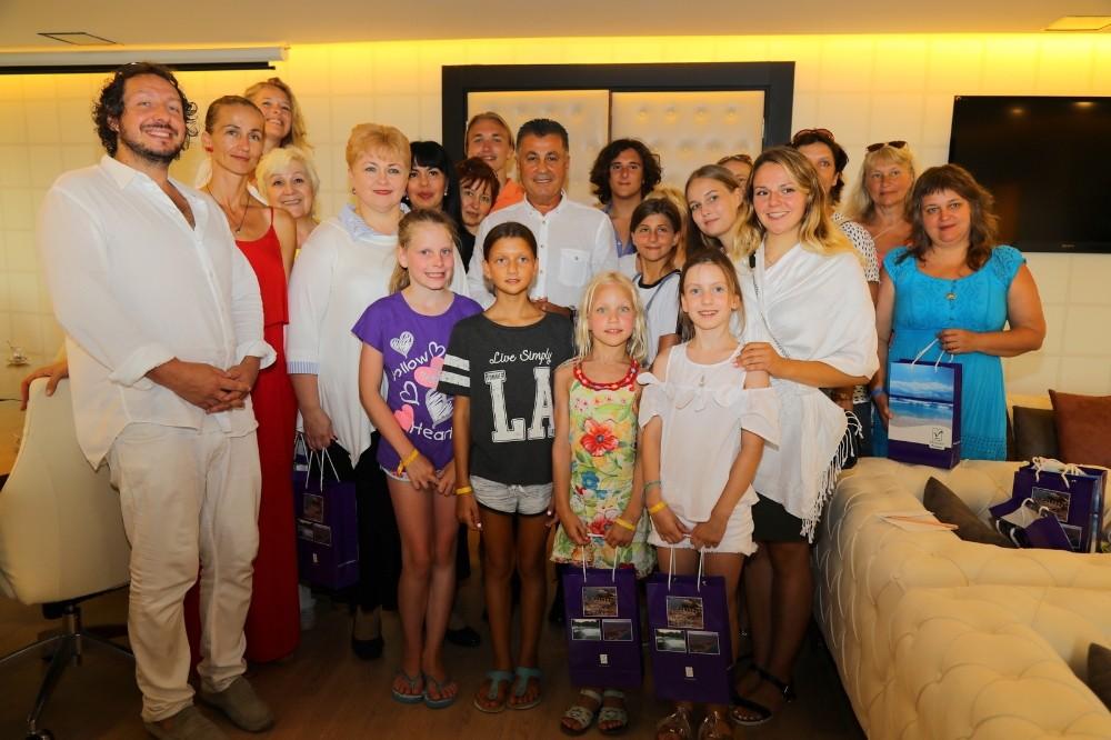 Başkan Sözen, Rus sanatçıları ağırladı