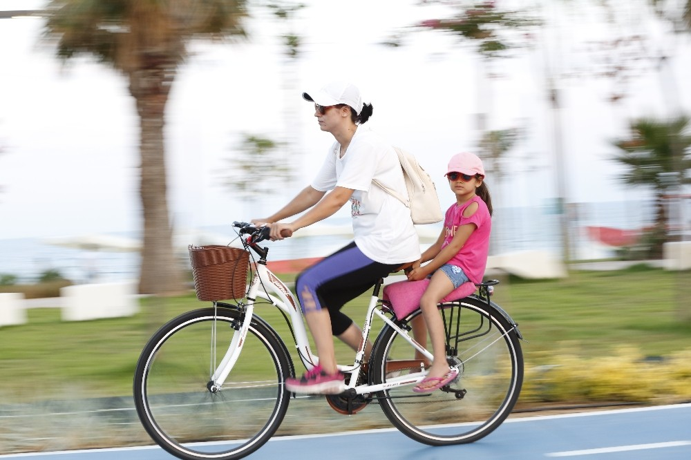 Bisiklet yolu Konyaaltı'dan Lara'ya uzanacak