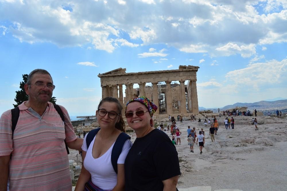 Gazeteci Cinokur ve ailesi ziyaretten vazgeçince olası bir felaketten kurtuldu