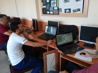 """Korkuteli'de öğretmenlere """"Oyun Tabanlı Blok Kodlama"""" kursu"""