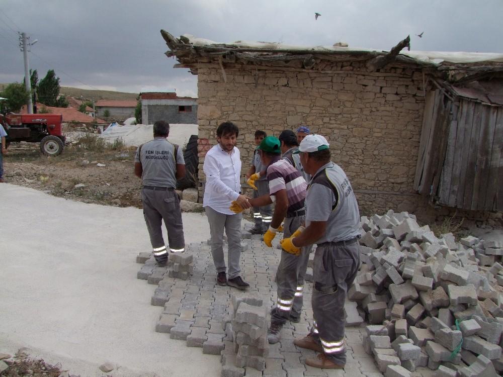 Korkuteli'de yol çalışmaları
