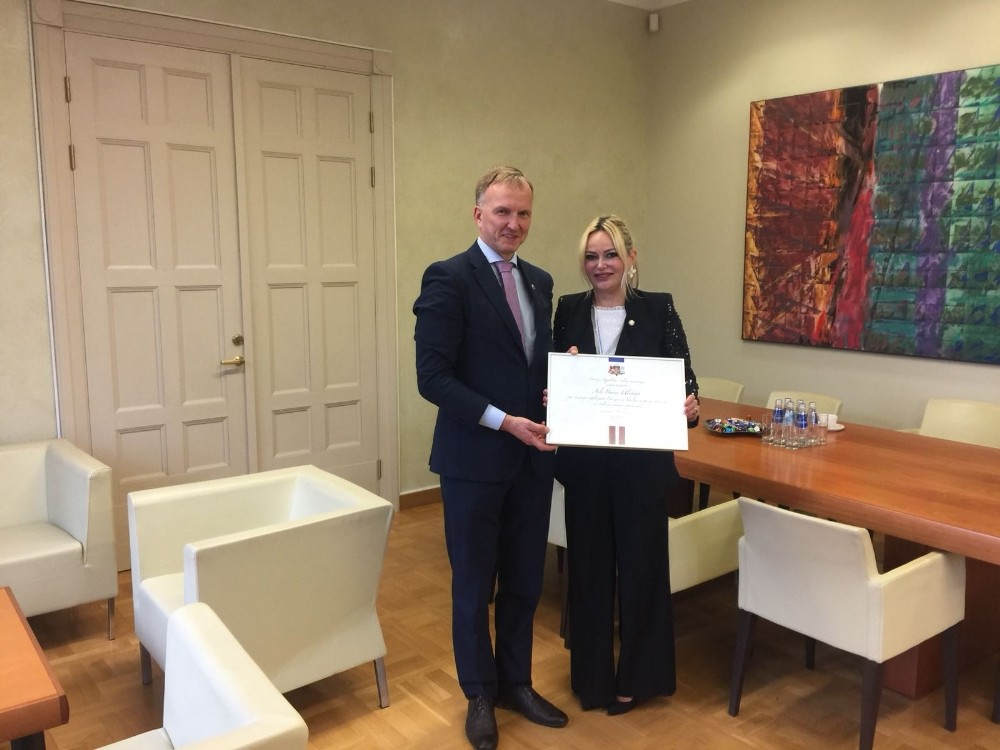 Letonya Fahri Konsolosu Ulukapı'ya devlet nişanı verildi