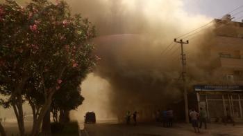Manavgat'ta market yangını