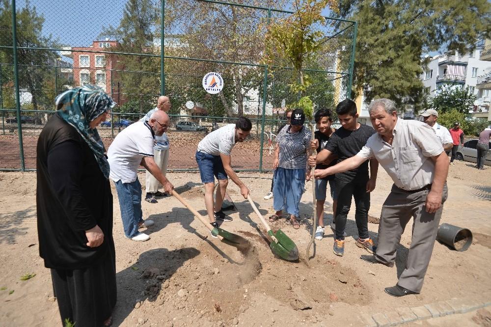 Muratpaşa'da 'Parkları birlikte yapıyoruz' projesi