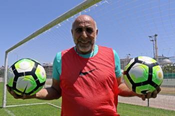 (Özel haber) 'Kova' lakaplı Yaşar Duran'dan 32 yıl sonra 0-8'lik İngiltere maçı itirafı