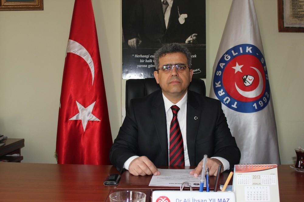 Türk Sağlık Sen Antalya Şubesi'nden açığa alınan aile hekimine destek