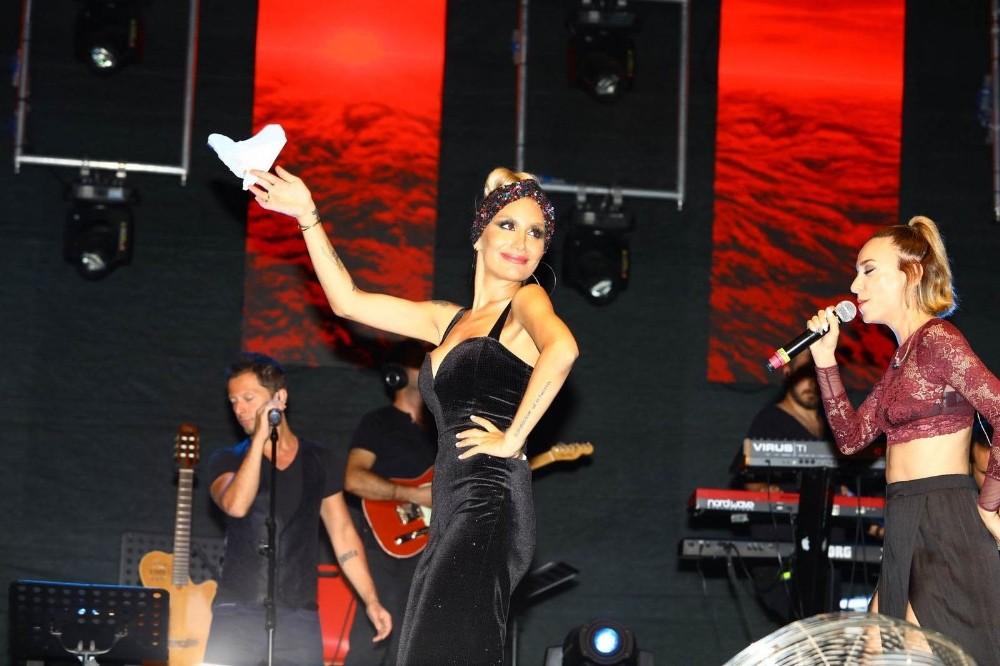 22. Manavgat Barış Suyu Kültür, Turizm, Sanat ve Gençlik Festivali devam ediyor