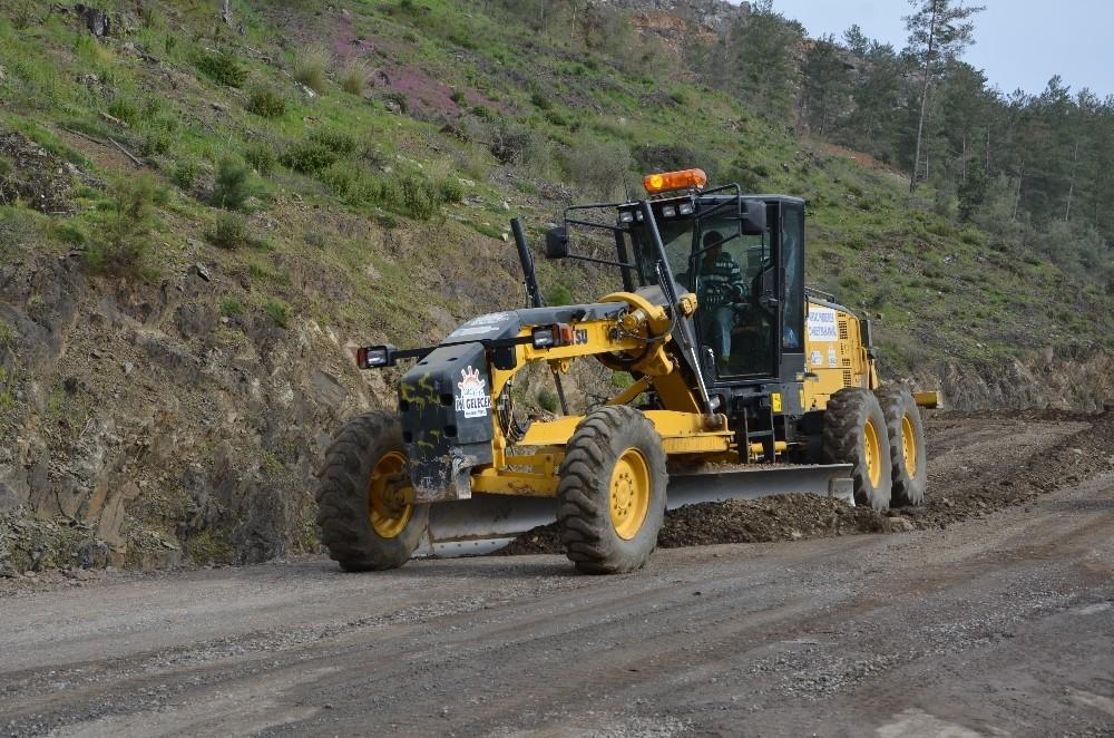 Alanya grup yolları asfalta hazırlanıyor