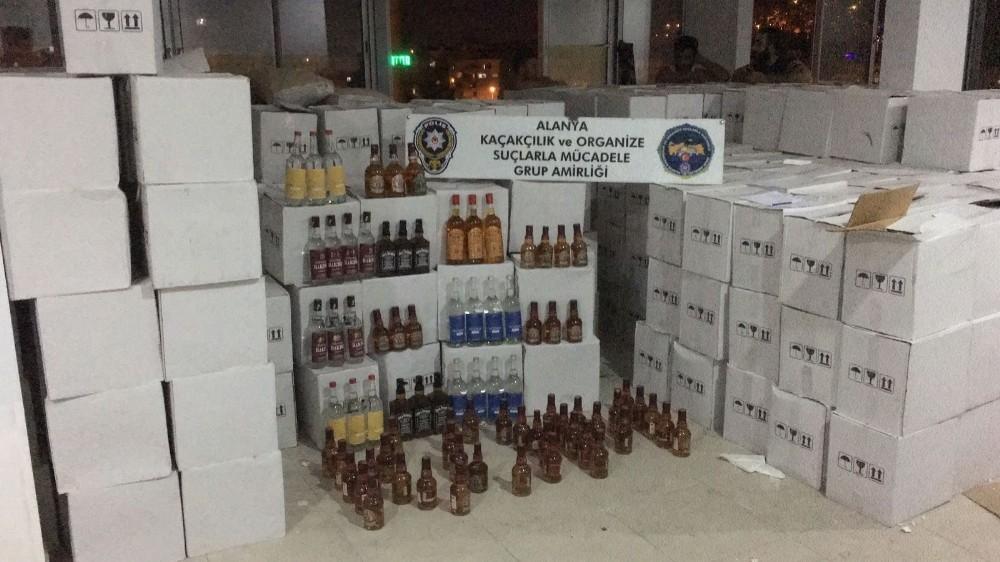 Alanya'da 7 bin 297 şişe kaçak/sahte alkollü içki ele geçirildi