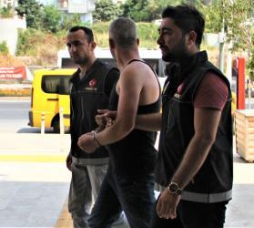 Alanya'da uyuşturucu operasyonunda 2 tutuklama