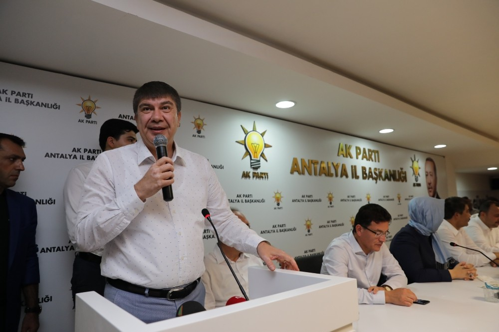 Antalya Büyükşehir Belediye Başkanı Menderes Türel: