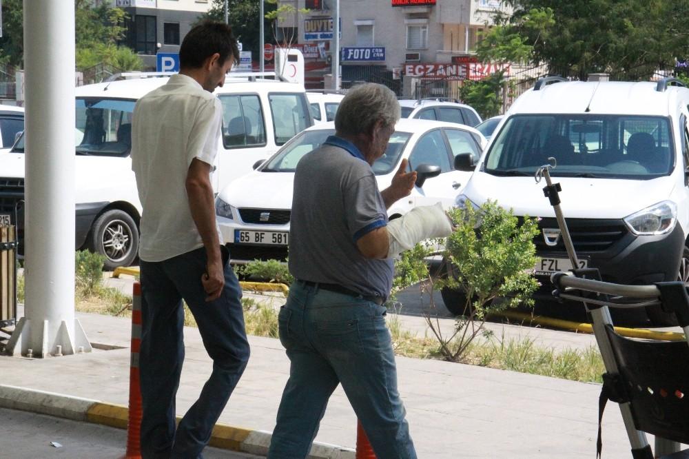 Antalya'da 'Acemi kasaplar' iş başında