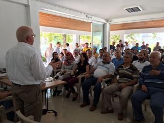 Antalya'da çiftçiye tuta zararlısı eğitimi
