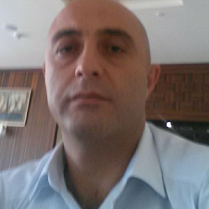 Antalya'da Kazakistan uyruklu turizmci araç içerisinde ölü bulundu