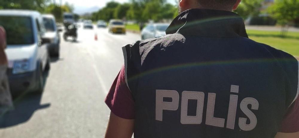 Antalya'da Kurban Bayramı kapsamında 35 bin polis görev alacak