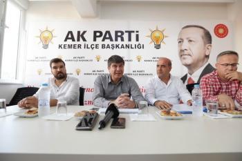 Başkan Türel, Kemer teşkilatıyla bir araya geldi