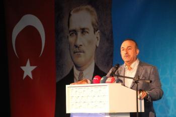 """Dışişleri Bakanı Çavuşoğlu: """"Türk milleti tehdide boyun eğmez"""" (2)"""