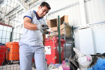 Konyaaltı Belediyesi e-atıkları geri dönüştürüyor