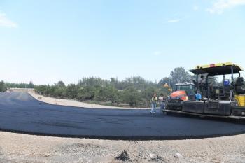 Konyaaltı'nda sıcak asfalt çalışması başladı