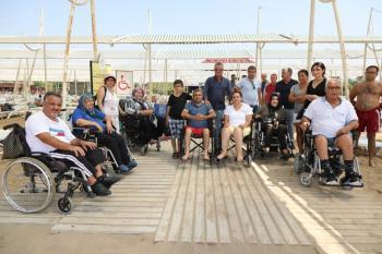 Manavgat Belediyesi'nden 'Özgür Plaj'