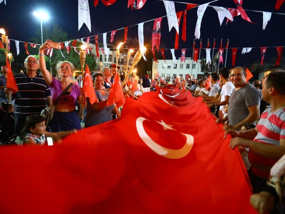 Manavgat'ta coşkulu 30 Ağustos kutlaması
