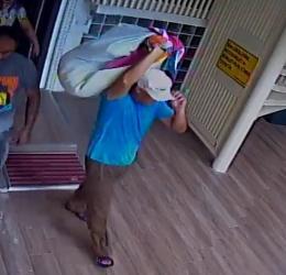 Şapkalı hırsız için yüzlerce kamera incelendi