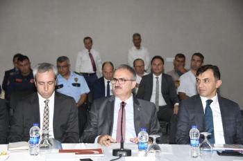 """Vali Karaloğlu, """"Statlarımızı şiddet alanlarına çevirenlere fırsat vermeyeceğiz"""""""
