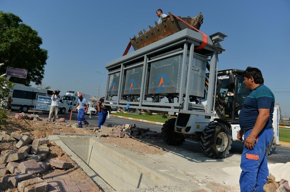 Yenigöl Mahallesi'ne 12 yeraltı konteyner sistemi