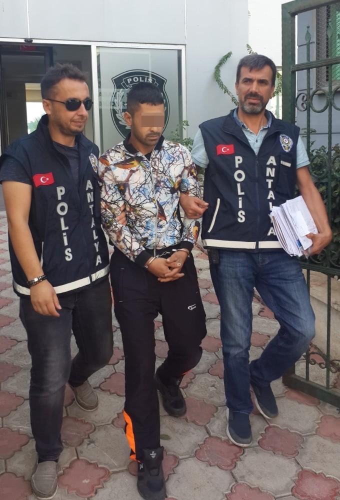 Antalya'da 16 ayrı camiden musluk çalan şüpheli yakalandı
