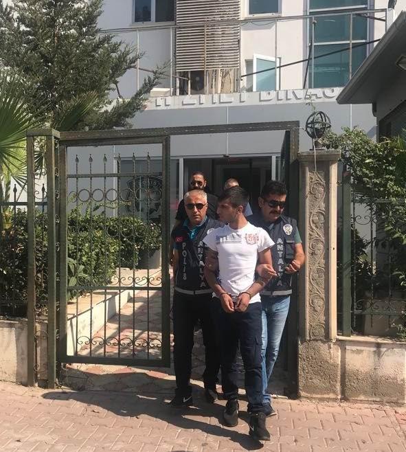 Antalya'da ev ve motosiklet hırsızları yakalandı