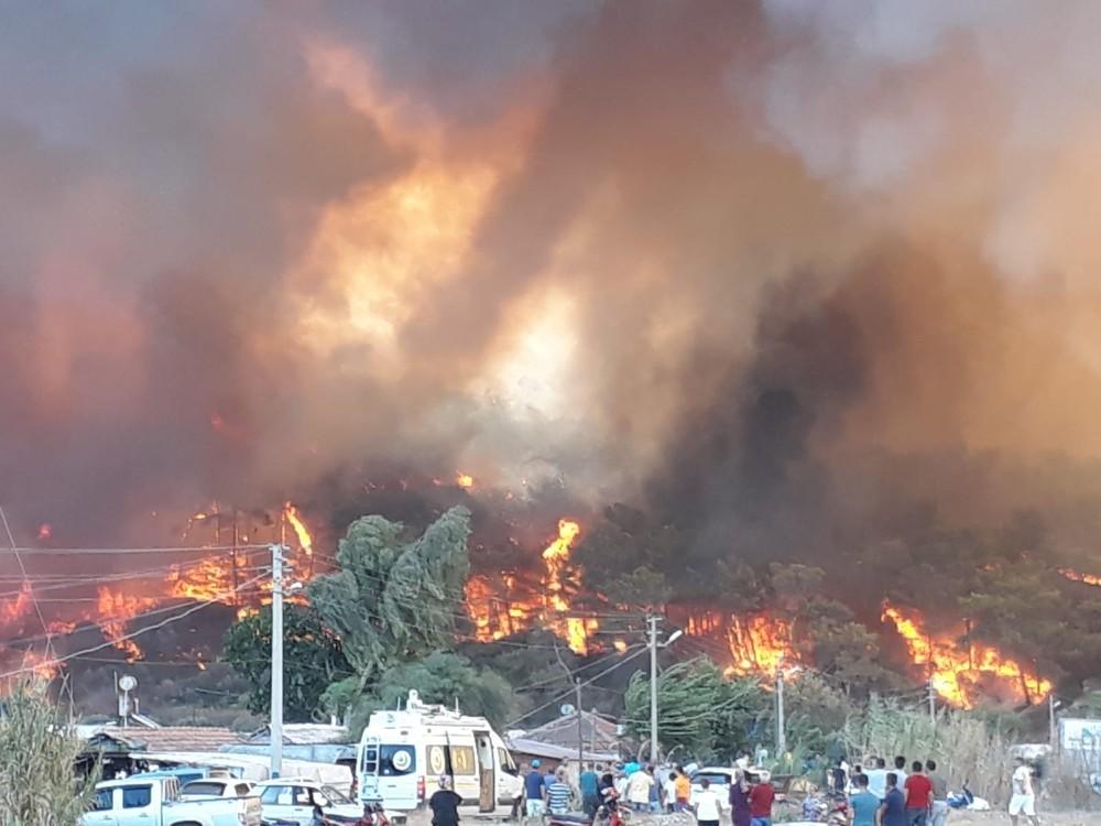 Antalya'da orman yangının felaketi fotoğraflara yansıdı