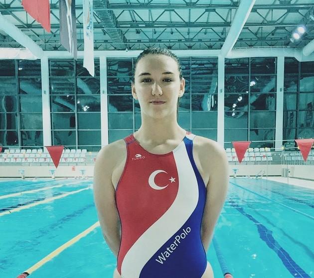 Antalyaspor sporcusu Nazlıcan Uysal, U19 Bayan Milli Takımı'nda mücadele edecek