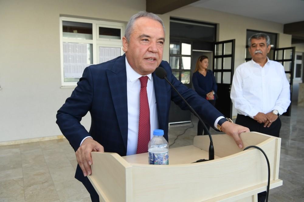 Başkan Böcek, yeni eğitim yılının açılışını yaptı