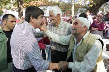 Başkan Türel Ernez Bal Festivali'ne katıldı