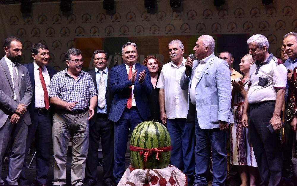 """Başkan Uysal: """"Muratpaşa'da en büyük torpil insan olmak"""""""