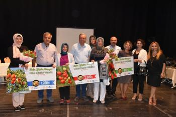 Kadın Çiftçiler Yarışıyor Elmalı etabı