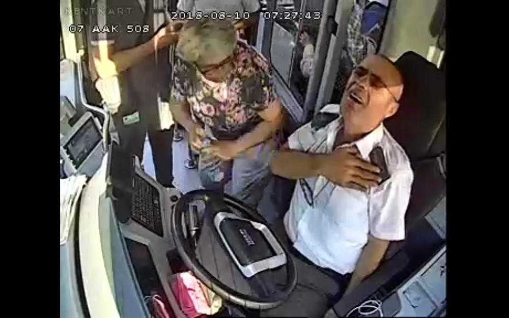 Kahraman toplu ulaşım şoförleri ödüllendirildi