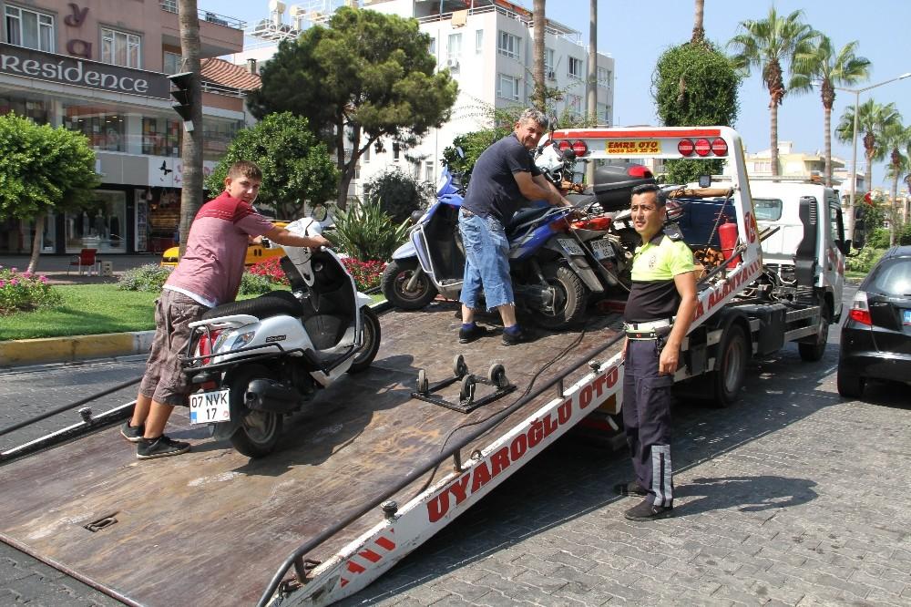 Kaldırım işgaline polis denetimi